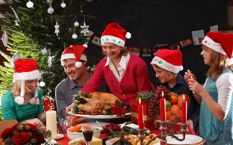 How to Prepare for Christmas Dinner Party - Baby Couture India