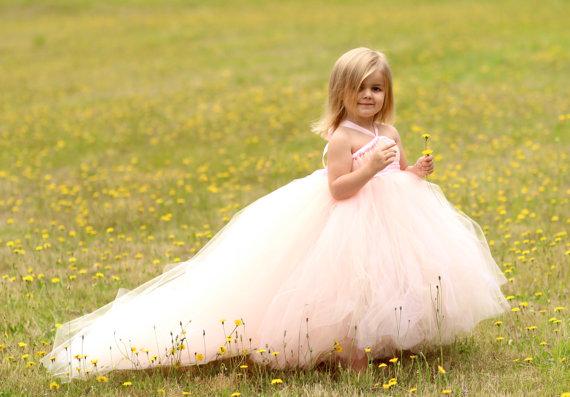 لباس عروس دنباله دار بچگانه