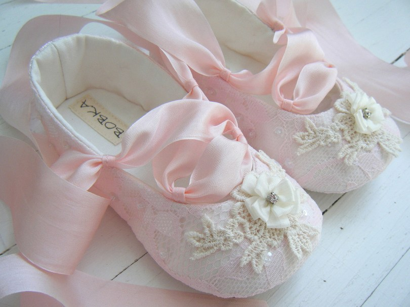 Online Shopping Tips for Baby Shoes in India - Baby Couture India