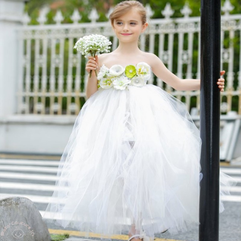 5308c63b6a9 Flower Girl Dresses That Are Just Too Cute To Ignore - Baby Couture ...