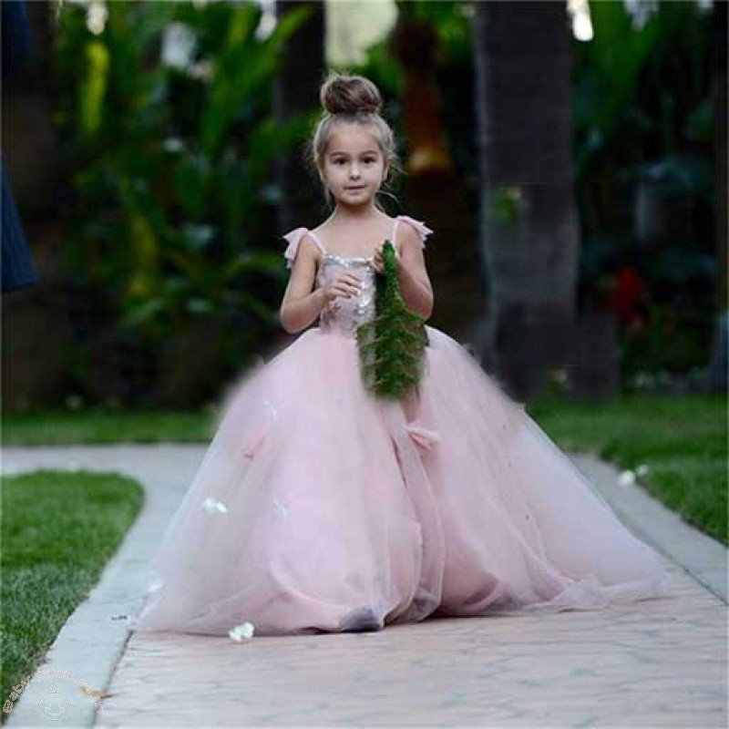 Gift your daughter this pretty Pink Silver Princess Lovely Kids gown ...