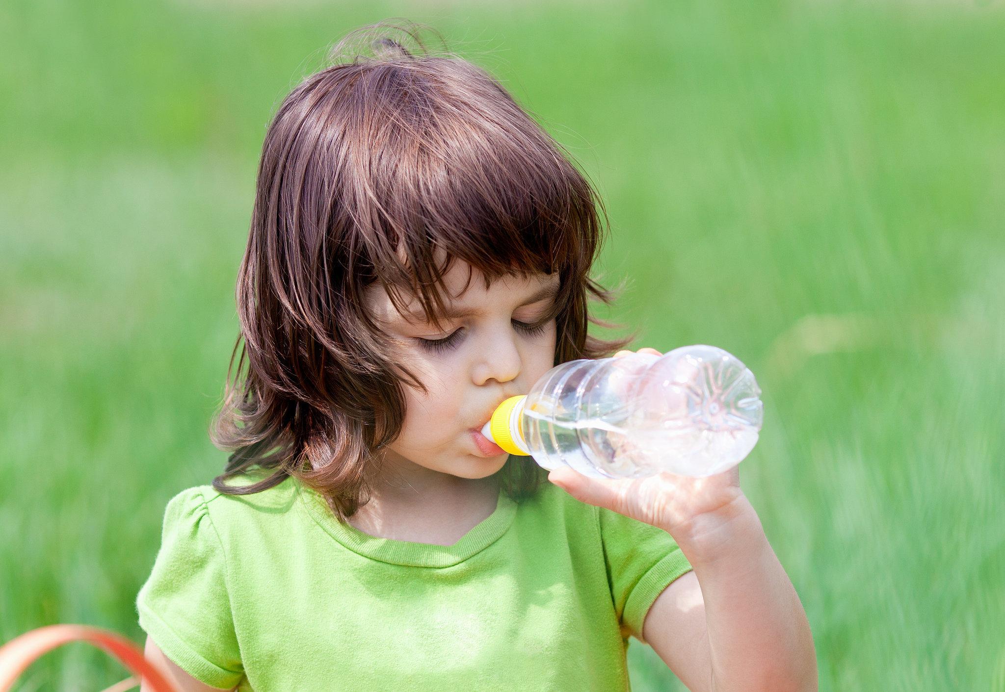 Фото как девочки пьют сперму 6 фотография