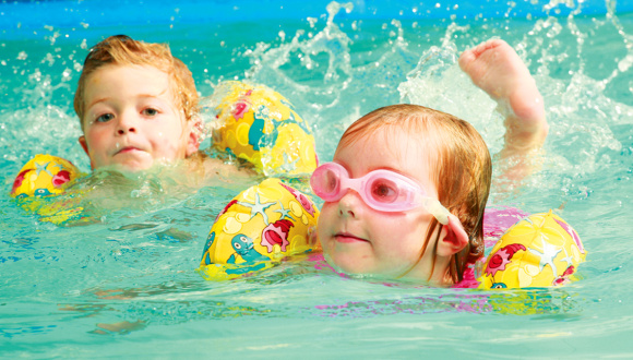 When can my baby take swimming lessons? | BabyCenter