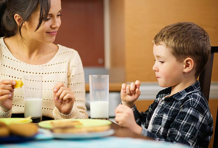development of healthy eating habits Good nutrition is necessary for healthy development and  establishing healthy eating habits early in your  on children's behavior healthy eating.