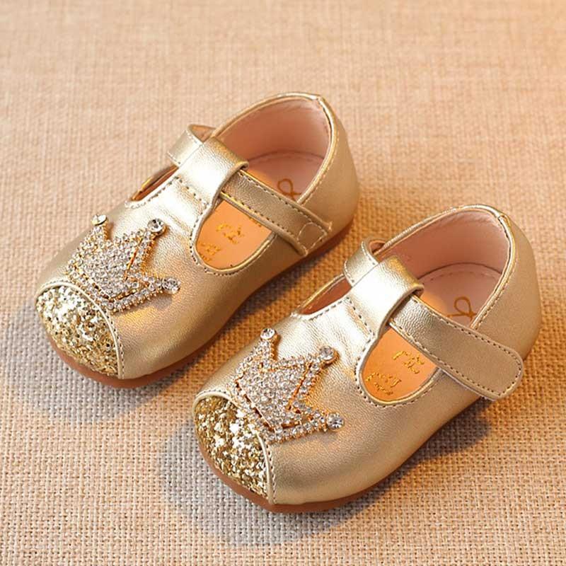 gold-princess-shiny-sandals