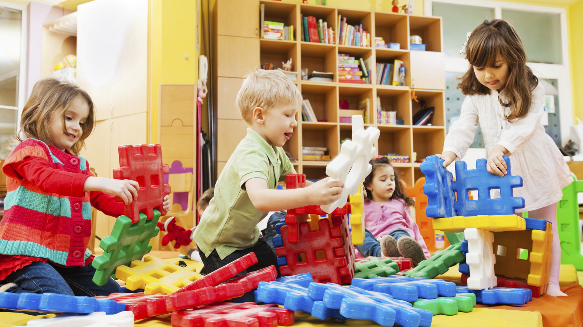 Things You Must Consider While Choosing A Daycare For Your ...