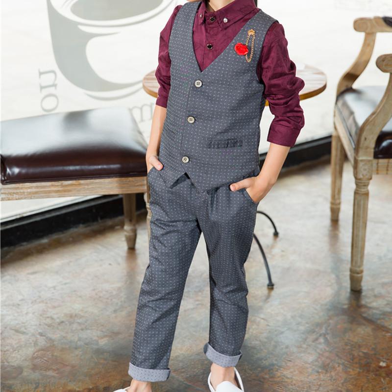 grey-suit-_-wine-shirt-set4