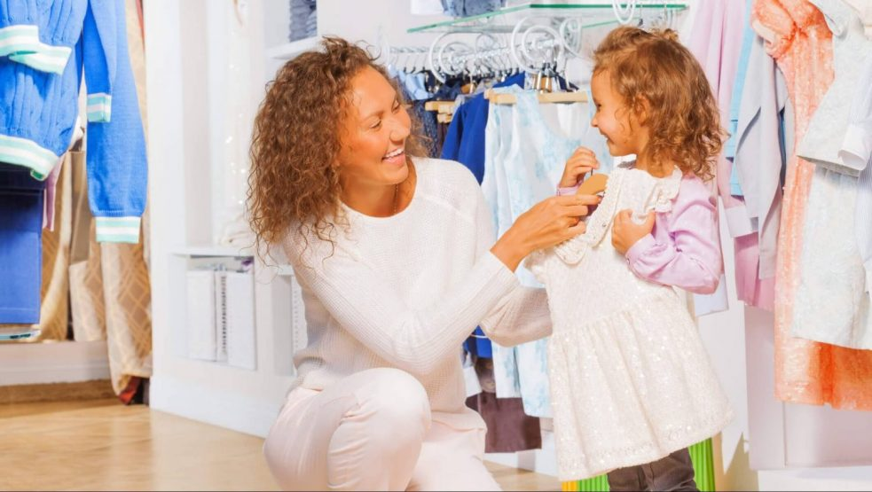 Happy Parenting! Tips to Choose Clothes for Newborn Baby Girl